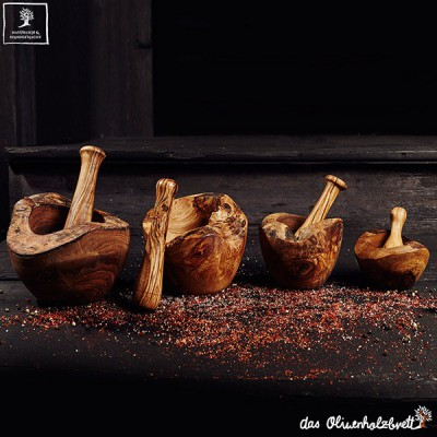 mortar and pestle, rustic style