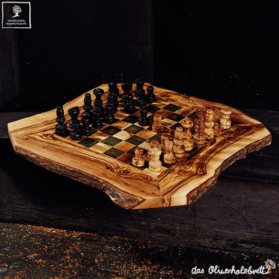 chess game incl. figures