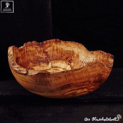 Big Salad bowl made of olive wood, natural edge