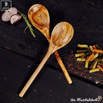 set of 2 classic spoons out of olive wood