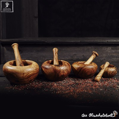 Mortar incl. pestle with a round edge